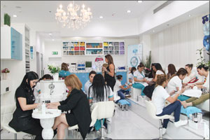 Re-Salons and Spas organized a one-of-a-kind beauty event 'Beyond the Mani-Pedi